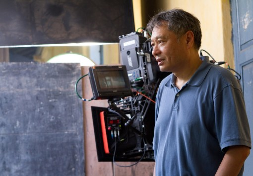 Netter_PI_1418R - Director Ang Lee on the set of LIFE OF PI
