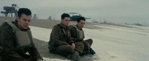 Fionn Whitehead in Dunkirk